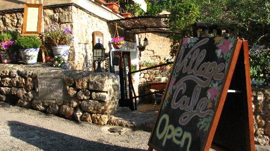 The Village Cafe : We are OPEN..Come in!