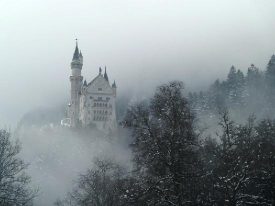 Neuschwanstein Castle: Foggy Castle