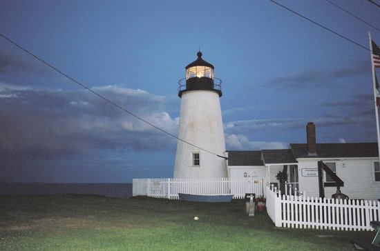 New Harbor, ME: a lit lighthouse is cool