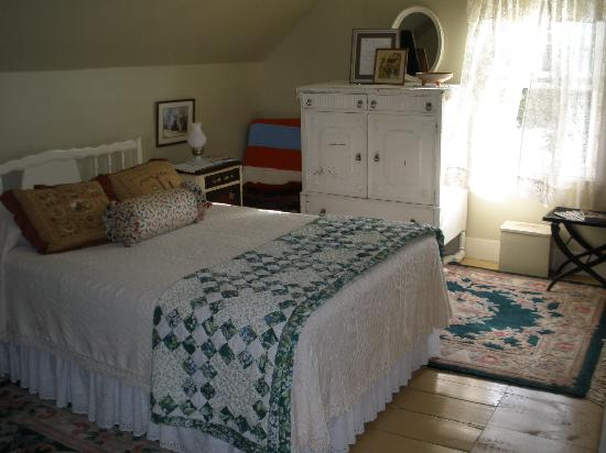 Newkirk Inn: Another room