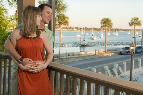 Bayfront Inn: Our Gazebo Waterfront View