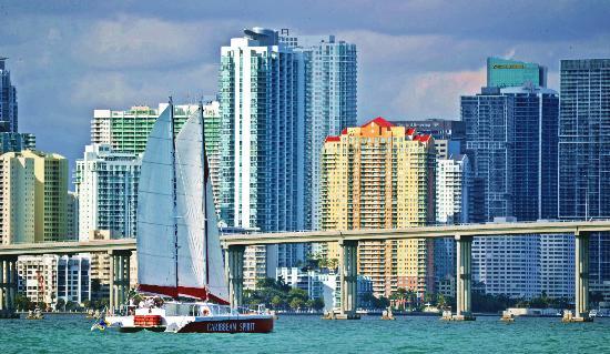 Aquaworld Miami : Go Sailing on Caribbean Spirit