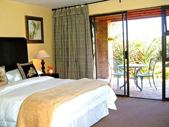 Smart Villa Guest House: The African Suite