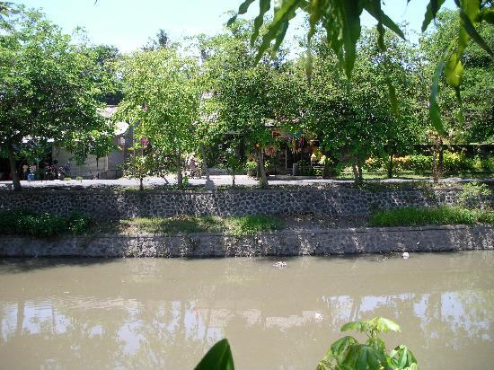 Grand Bali Villa: The river that divided the villa's from Legian - a challenging walk into town