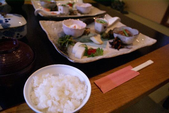 Moritaya: 朝食