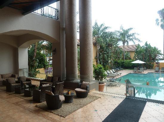 Mercure Nelspruit: vue sur la piscine