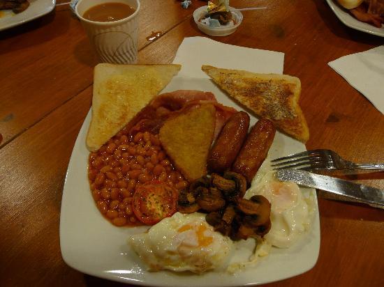 Golden Coast Holiday Village: breakfast