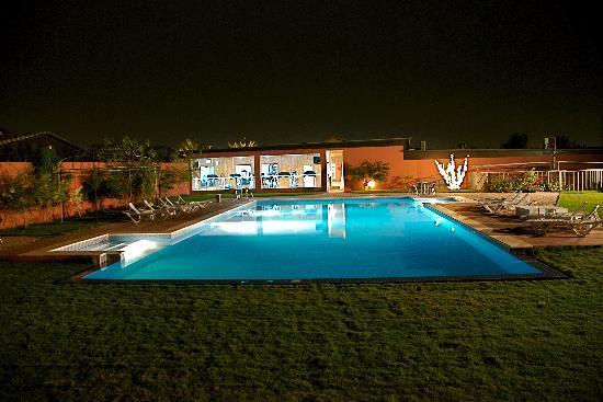 Bustan Urban Retreat: Pool area