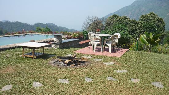 Wild Elephant Eco Friendly Resort : Pool