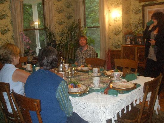 Voss Inn: Breakfast