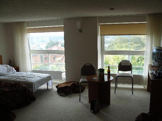 Centre Hotel: Blick ins Zimmer, entschuldigt die Unordnung :)