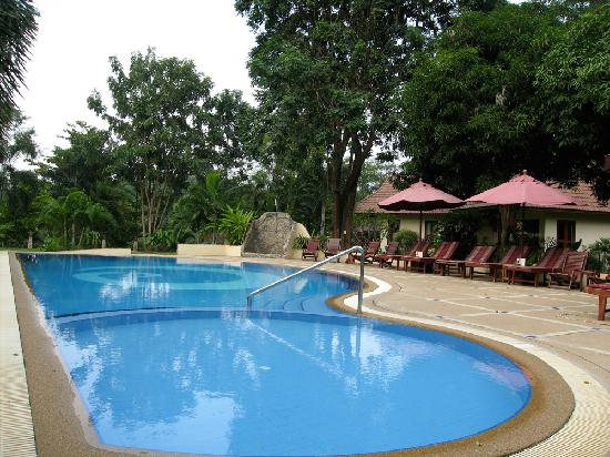 Oriental Kwai Resort: Swimmingpool
