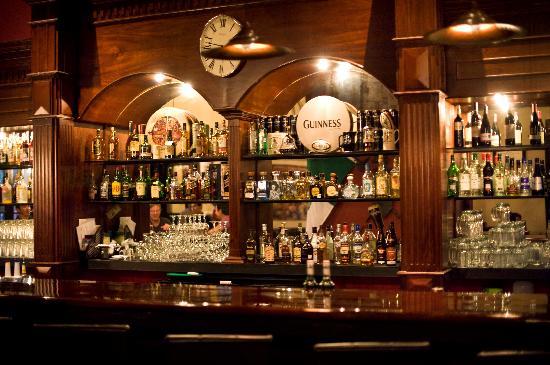 The Bar Picture Of Hennessy S Irish Pub Merida