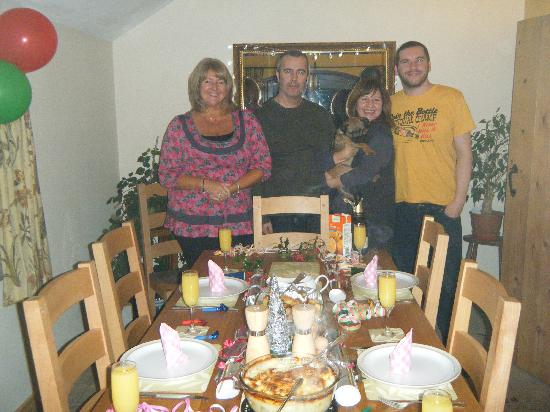 Ringehay Farm Holiday Cottages: early xmas dinner
