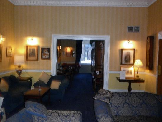 The Royal Scots Club: View of bar from lounge