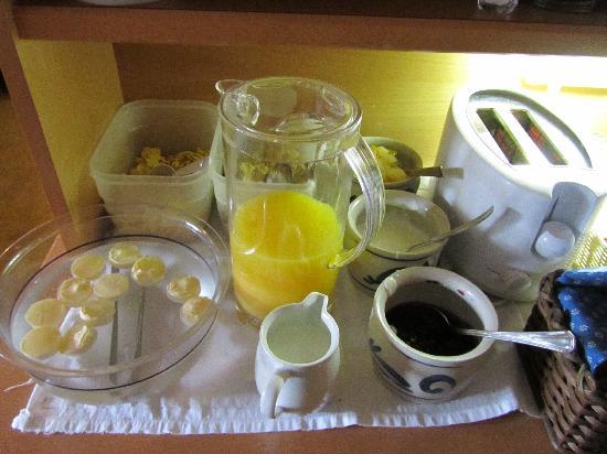 Haus Hugo: breakfast 3