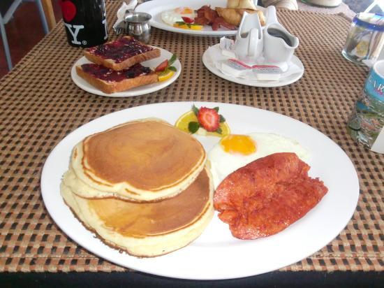 Colleen's Breakfast: Coleen's Pancakes Breakfast