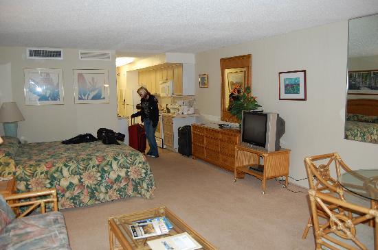 Aston Maui Kaanapali Villas: Living Area