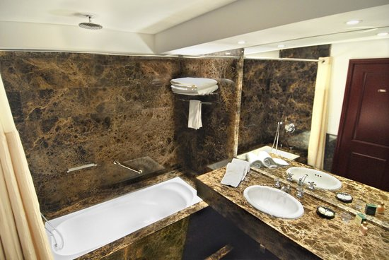 Barradas Parque Hotel & Spa: Classic - Bathroom