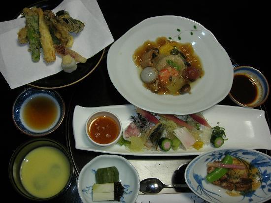 Osawa Onsen Sansuikaku: second day dinner