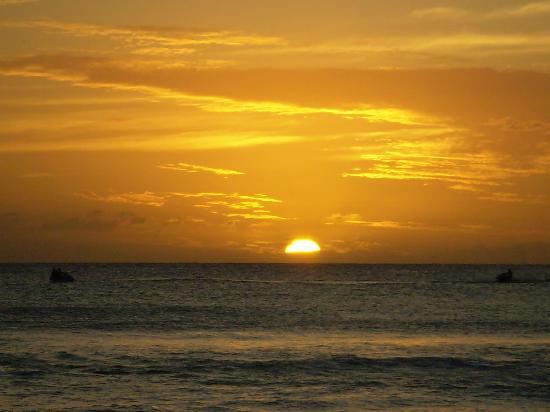 Dover, Barbados: Sunset on the beach