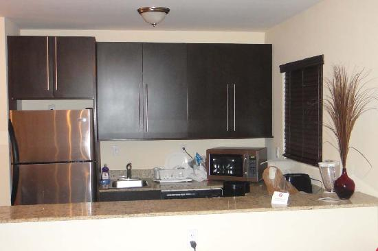 751 Meridian Apartments: A well equiped kitchen