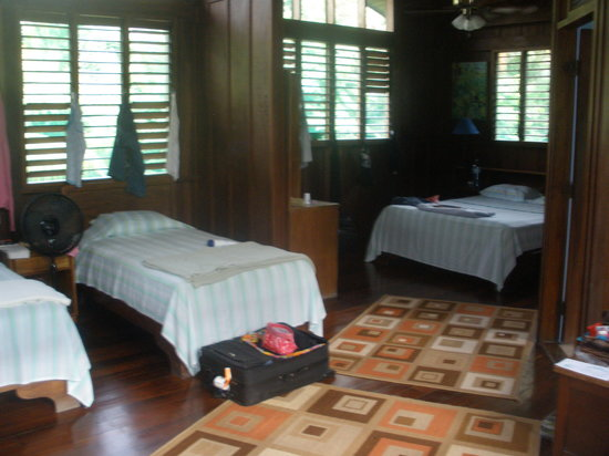 Mal Pais Surf Camp & Resort: our room