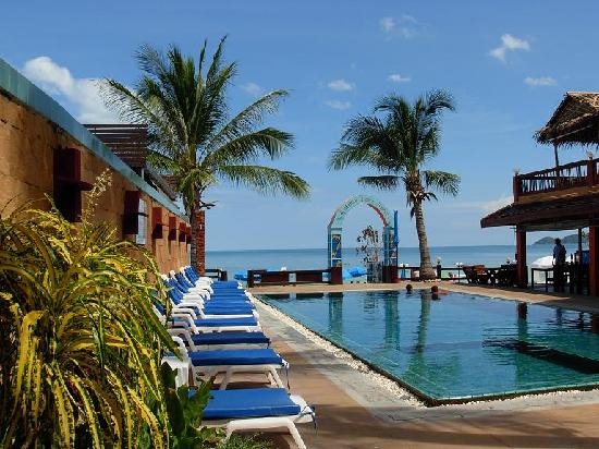 Malibu Koh Samui Resort Beach Club Swimming Pool