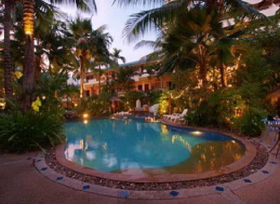 The Viridian Resort: Outdoor swimming pool