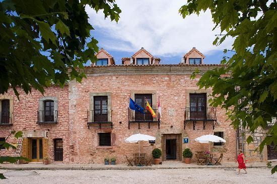 Salinas de Imon Hotel & Spa: Fachada principal