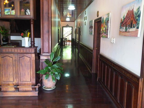 Vangsavath Hotel: บรรยากาศในโรงแรม