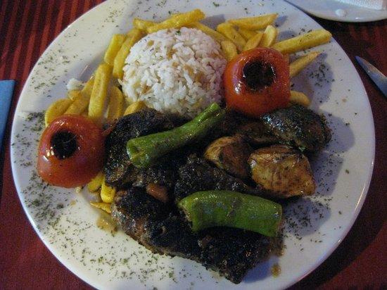 Harem Restaurant : Harems speical mixed grill