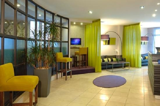 Photo of BEST WESTERN Hotel du Pont Wilson Lyon