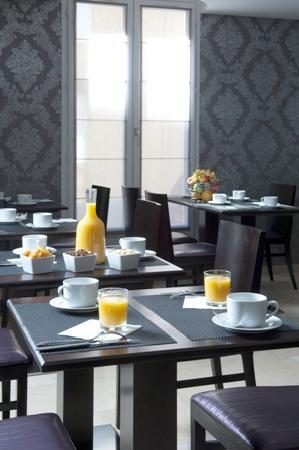 BEST WESTERN Hotel du Pont Wilson: petit dejeuner