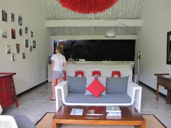 3V Kerobokan: Living Area
