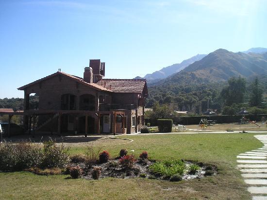 Hotel y Duplex Rincon del Valle: vista de los bungalows