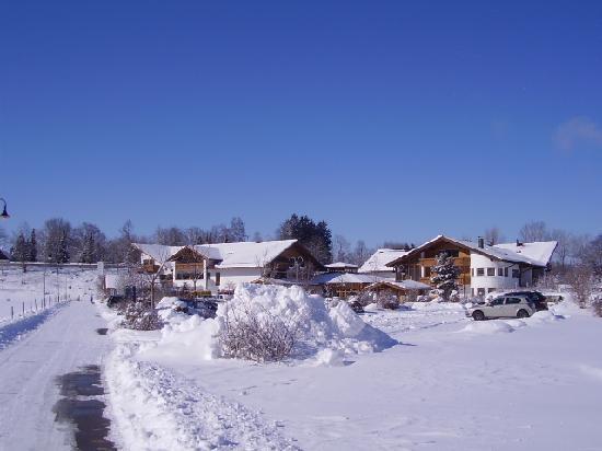 Hotel Sommer: Hotel im Winterkleid