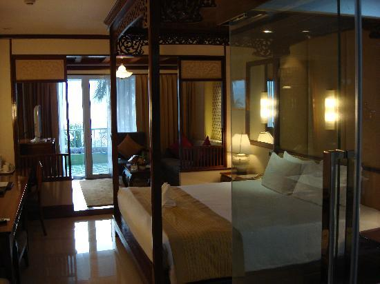 Royal Cliff Beach Terrace: my room!