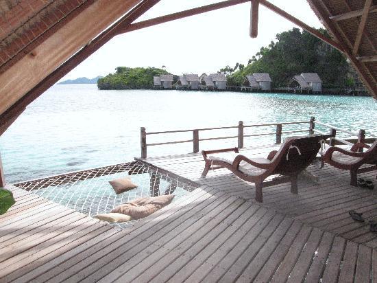 Misool Eco Resort: Our bungalow