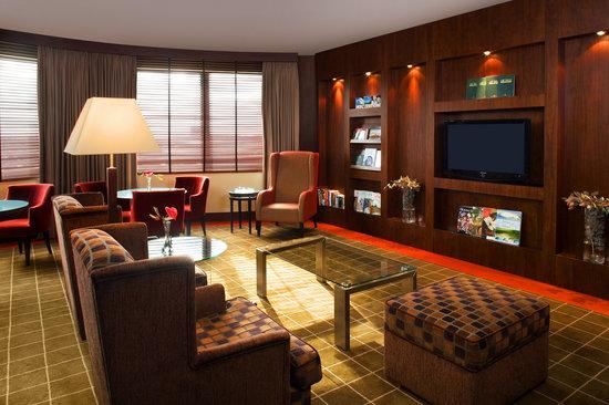 Sheraton Poznan Hotel: Club Lounge