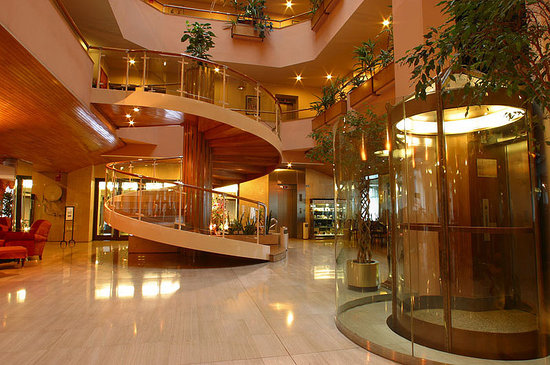 Roc Blanc Hotel: Hall entrada