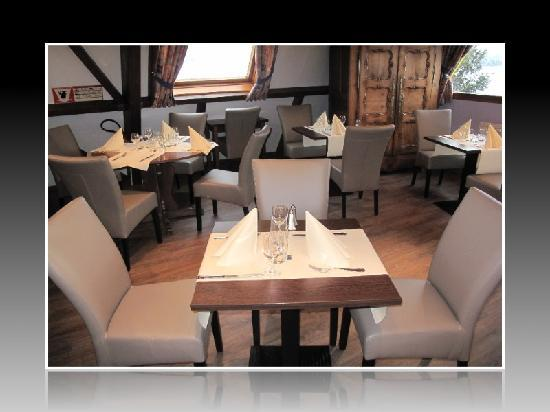 Salle manger picture of restaurant saint exupery for Restaurant salle a manger
