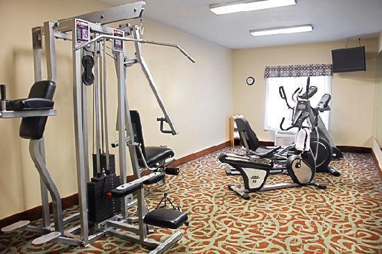 BEST WESTERN PLUS Eastgate Inn & Suites: fitness center