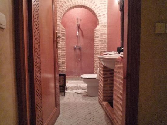 Dar Shama : Même la douche a son style spécial