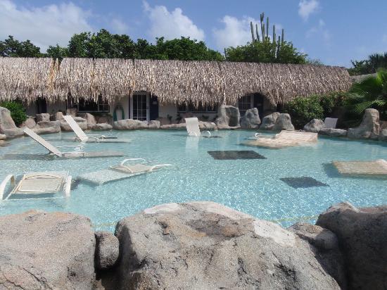 Club Arias B&B: One of the pools