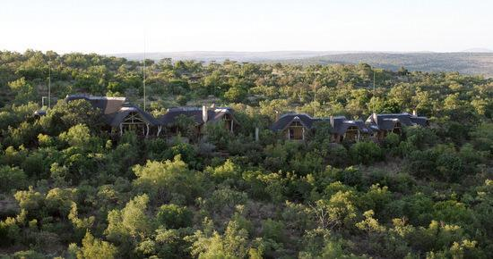 Welgevonden Game Reserve, Νότια Αφρική: Main Lodge on the mountain