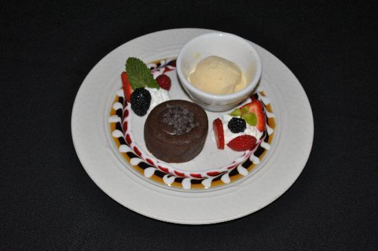 Chip's Sanibel Steakhouse: Treat Yourself to Fabulous Chocolate Dessert