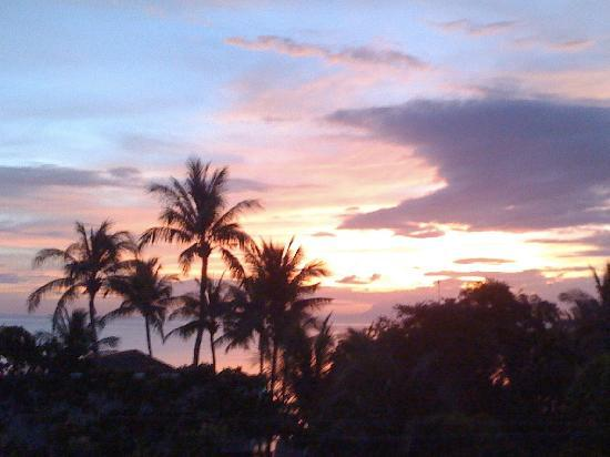 Lian, Filipina: Fantastic Sunsets