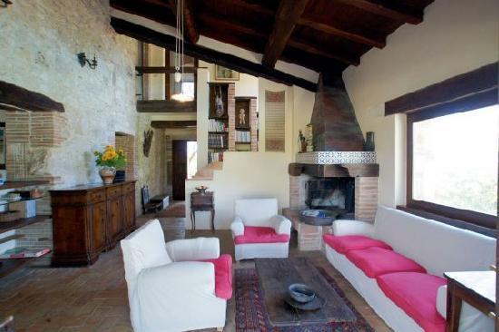 Agriturismo Fontenuova: the big room