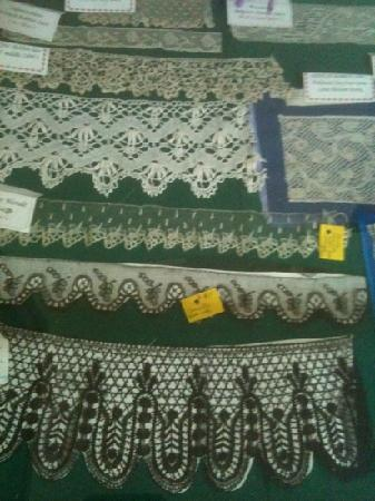 Museo del Mundillo: Examples of lace from around the world...